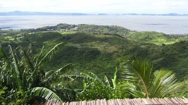 Геологическая служба США сообщила о подземных толчках у побережья Филиппин