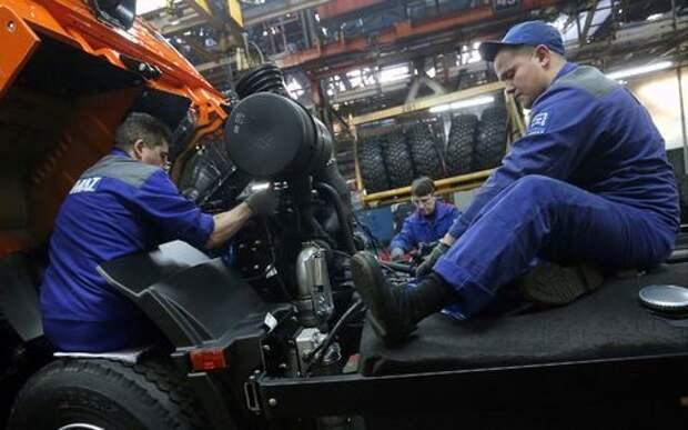 КАМАЗ запретил рабочим обсуждать действия властей и ругаться матом