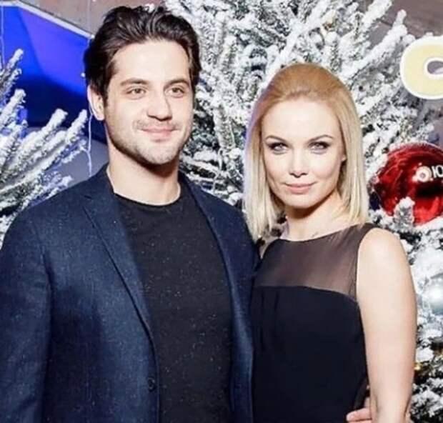 Актеры Татьяна Арнтгольц и Марк Богатырев тайно поженились