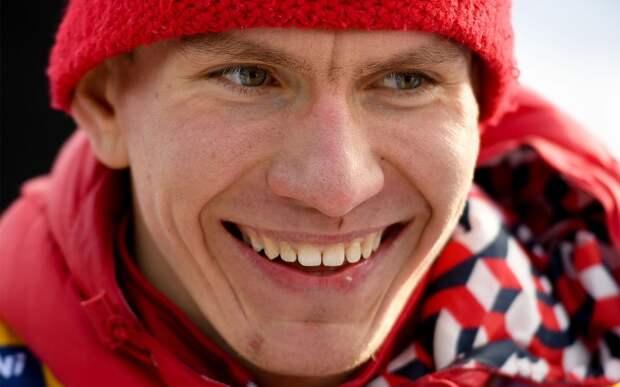 Команда с Большуновым в составе выиграла эстафету на чемпионате России по лыжным гонкам