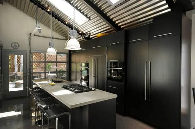 Отменное оформление кухни в черно-белых тонах, что станет просто потрясающим решением для декора.