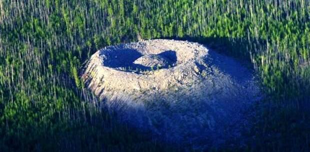 Патомский кратер: Самое загадочное место планеты
