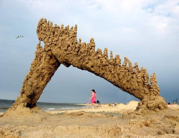 Скульптуры, которые бросающие вызов гравитации