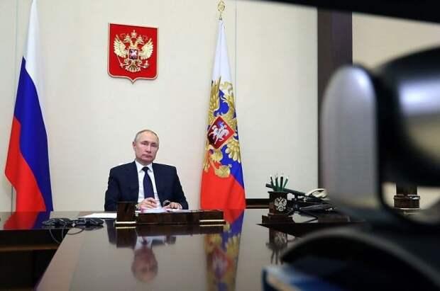 Песков: полноценного летнего отпуска у Путина не будет