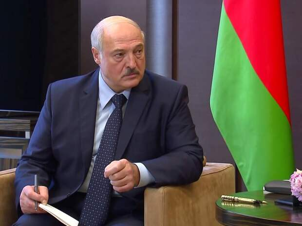 Президент Белоруссии лишил званий 80 силовиков за «дискредитирующие поступки»