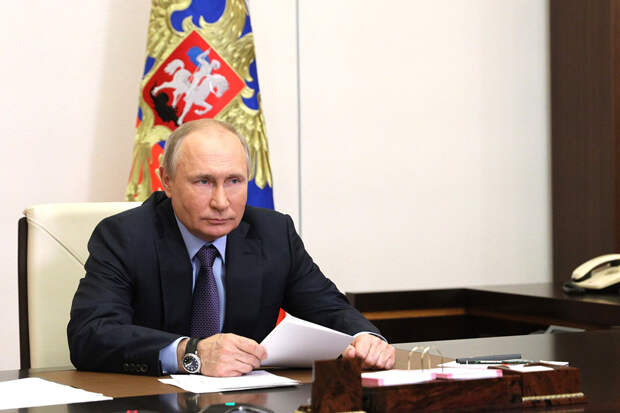 Путин подписал закон о бесплатном проведении газа до границ участков