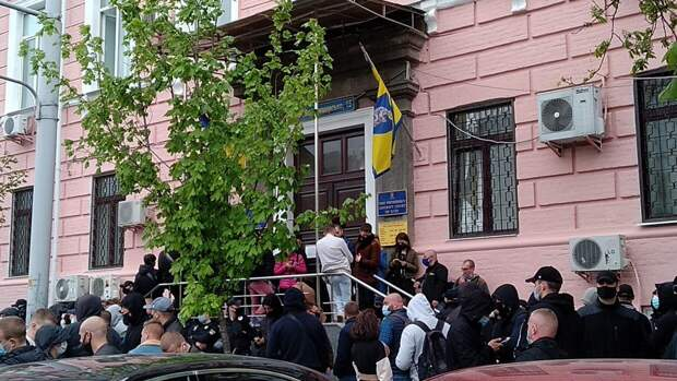Суд отправил Медведчука под домашний арест