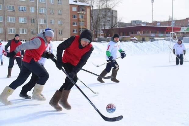 Кубок главы города по хоккею на валенках разыграли в Ижевске