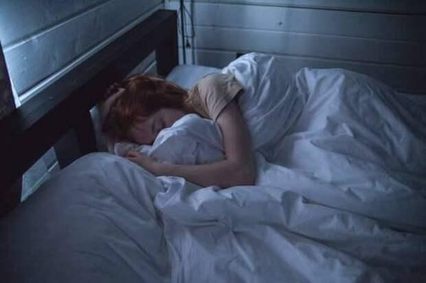 Врач Каран Радж раскрыл простой способ просыпаться бодрым
