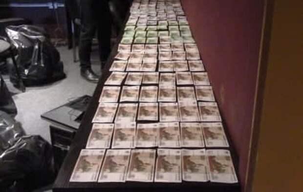 В Симферополе задержали организатора сети подпольных казино