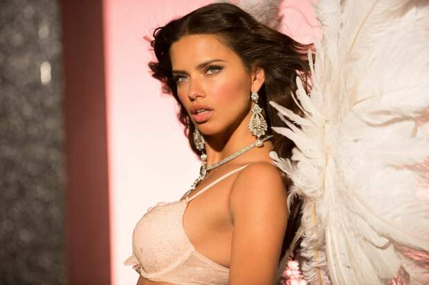 10 самых красивых «ангелов» Victoria's Secret за всю историю бренда