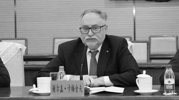ВКитае умер украинский посол Сергей Камышев