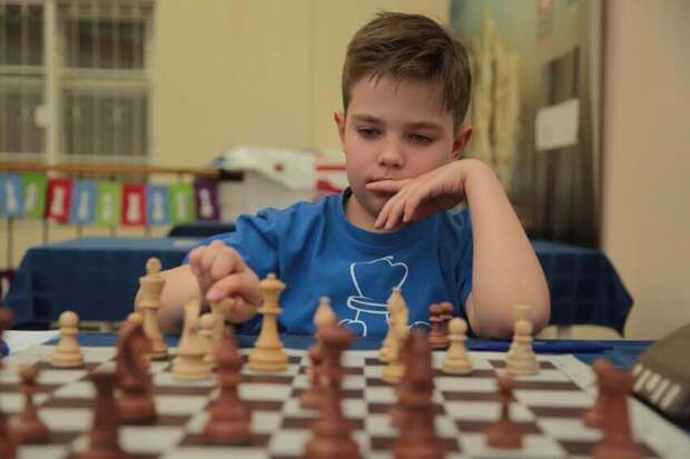 Третьеклассник из Хорошевского побеждает мастеров