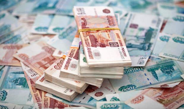 В Крыму сотрудница налоговой выплатила себе лишний миллион рублей
