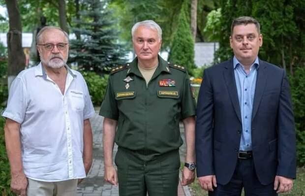 Замминистра обороны Картаполов встретился с Советом ветеранов ЮВАО