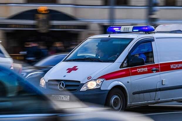 Вызвали полицию, когда услышали хлопок: ученица пятого класса взорвала бомбу-вонючку в московской школе