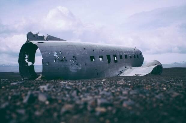 Самолёт с девятью пассажирами разбился в Швеции