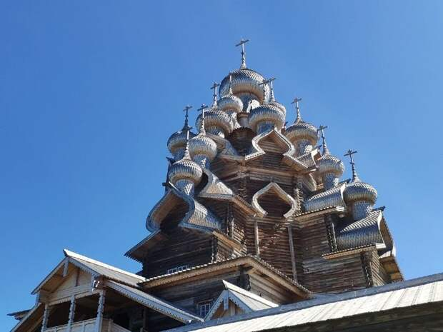 На острове Кижи после реставрации открыли Преображенскую церковь