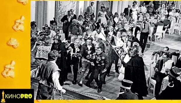 В массовках приняли участие известные актёры Ленинграда