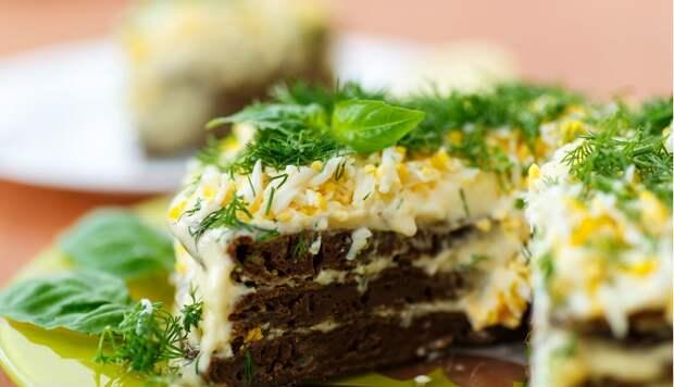 Вкусный печеночный торт: вызывает зависимость с первого кусочка