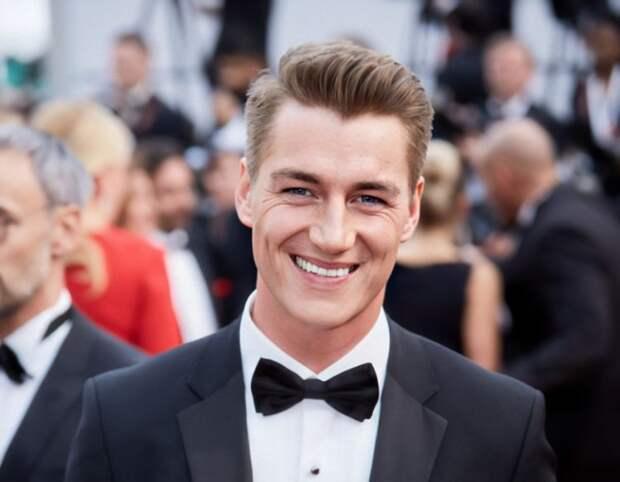 Самые красивые мужчины 2020 года, среди которых есть и наша знаменитость