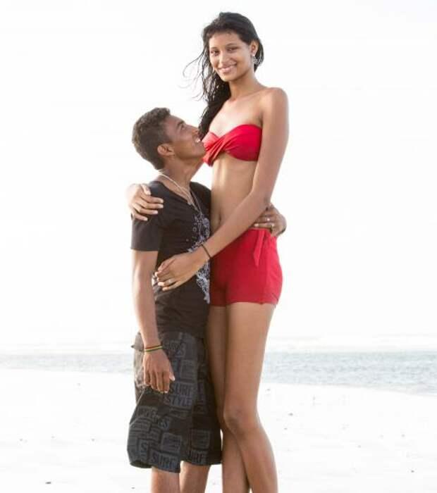 La adolescente Elisany da Cruz Silva es la chica más alta del mundo