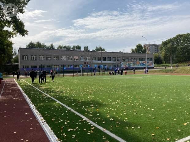 Глава Ижевска Олег Бекмеметьев: «Два школьных стадиона построены в этом году»