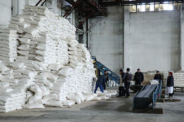 Российские власти выделили миллиарды рублей производителям сахара и масла