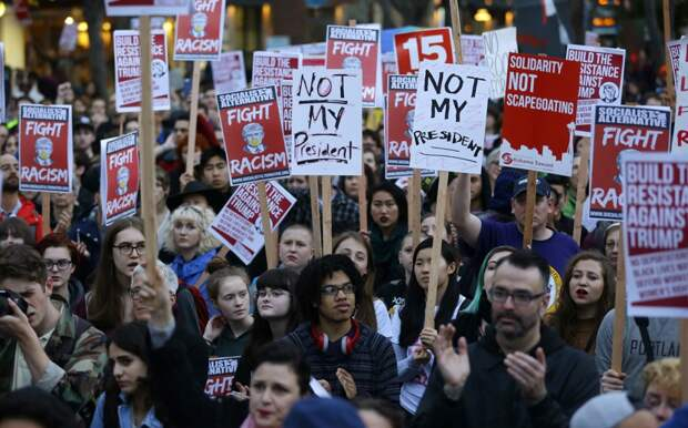 Акции протеста против Дональда Трампа в США