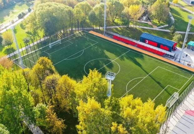 Футбольное поле с подогревом в пойме реки Чермянки будет открыто круглый год