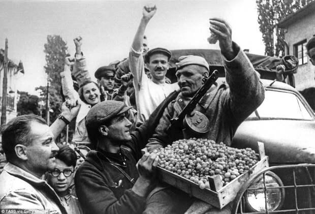 Почему болгарский историк называет Красную Армию оккупантом?