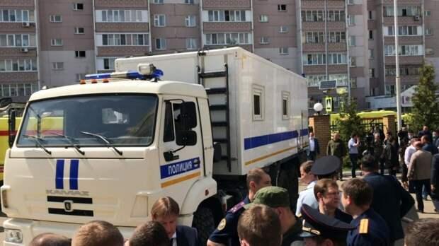 Правоохранители допросили выдавших разрешение на оружие казанскому стрелку