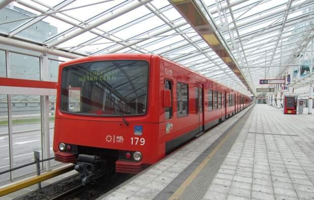 http://tripsmile.ru/wp-content/uploads/2013/08/Transport_Hels_1.jpg