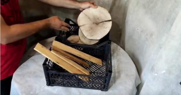 Умелец собирает обрезки труб и деревяшек: все в восторге от этой поделки для сада и дачи