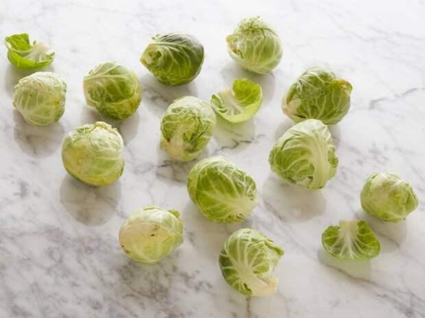 Брюссельская капуста 12 кочанчиков = 100 калорий  еда, калории