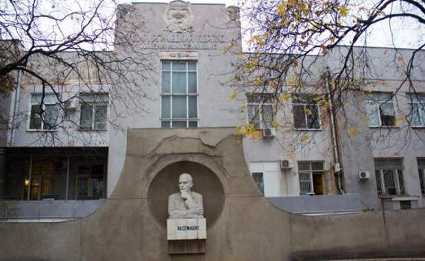 Старую больницу имени Семашко в Симферополе отдадут студентам