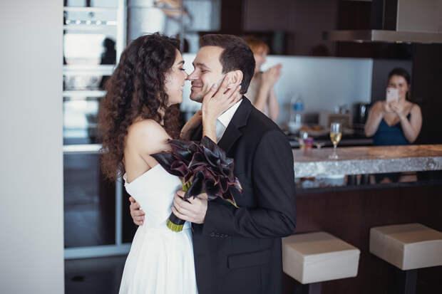 Оппозиционер Илья Яшин вступил в законный брак