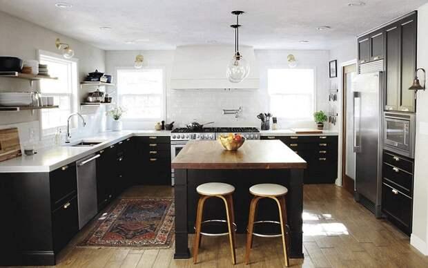 Отличное решение для декорирования интерьера кухни в темных тонах, что станет просто отличной находкой.