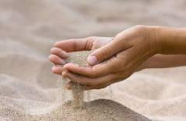 На Сардинии задержали туриста с 45 кг песка