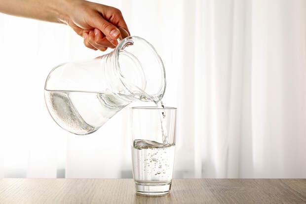 Эксперт назвала ошибки людей при употреблении воды