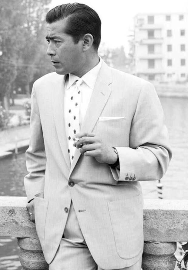 1 апреля родился японский актёр Тосиро Мифунэ