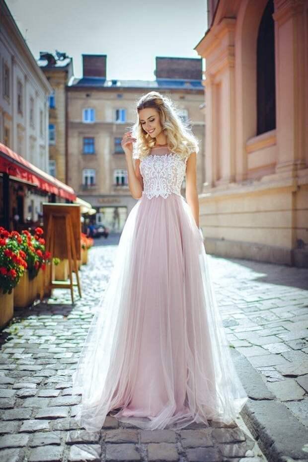 Самые красивые шифоновые платья 2021-2022: