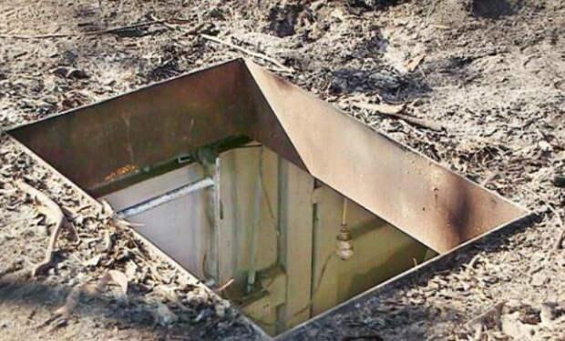 Мужчина полгода копал и бетонировал яму под домом, а когда пришел сильный циклон, яма стала бункером