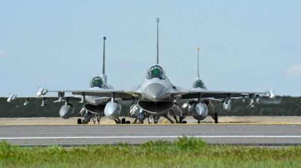 Американские истребители разорят украинские ВВС