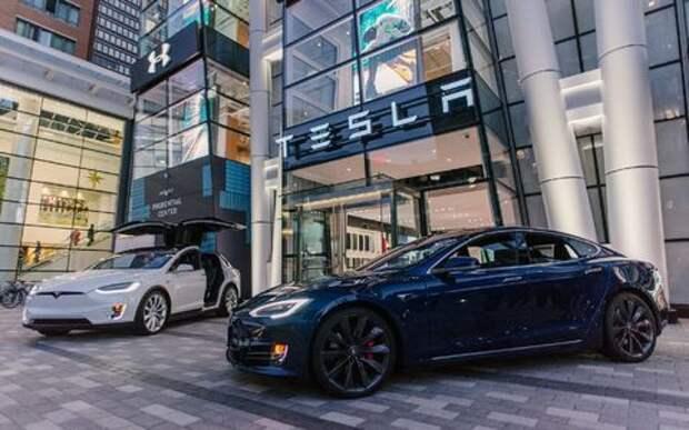 Tesla осталась без моторов