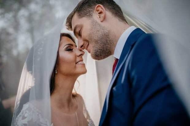 Девять признаков очень крепкого брака: например, если на свадьбе было 200 гостей