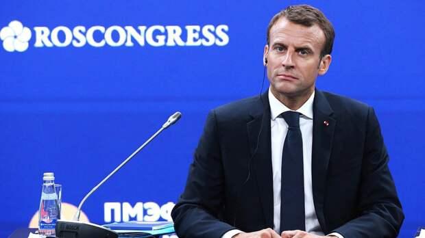 Президент Франции планирует летом посетить Украину