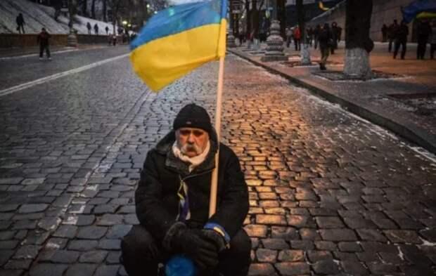 «Русский мир жду»: в Херсоне прошёл необычный пикет