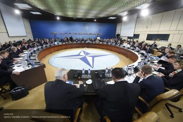 Ищенко рассказал, почему между Европейским союзом и США возник конфликт