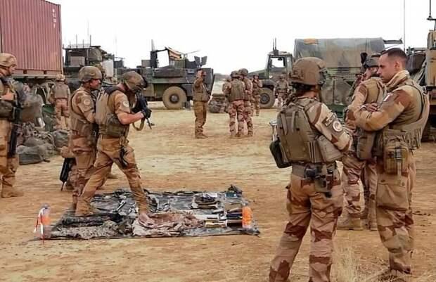 Франция взяла курс на развал НАТО. Военно-политическая карта Европы перекраивается